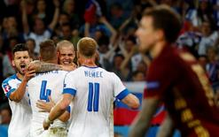 Football Soccer - Russia v Slovakia - EURO 2016 - Group B - Stade Pierre-Mauroy, Lille, France - 15/6/16 Slovakia's Martin Skrtel, Michal Duris, Adam Nemec and Jan Durica celebrate at the end of the match  REUTERS/Christian Hartmann Livepic