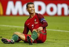 Football Soccer - Portugal v Iceland - EURO 2016 - Group F - Stade Geoffroy-Guichard, Saint-?tienne, France - 14/6/16 Portugal's Cristiano Ronaldo REUTERS/Kai Pfaffenbach Livepic