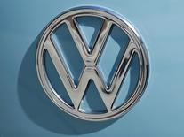 A Volkswagen logo is shown on the front of an old Volkswagen van in Encinitas, California September 29, 2015.   REUTERS/Mike Blake
