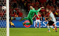 Football Soccer - Wales v Belgium - EURO 2016 - Quarter Final - Stade Pierre-Mauroy, Lille, France - 1/7/16Wales' Sam Vokes scores their third goal REUTERS/Carl RecineLivepic