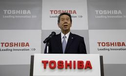 Toshiba Corp's then President and Chief Executive Officer Hisao Tanaka speaks during a news conference after an opening ceremony of the company's Hydrogen Energy R&D Center in Tokyo April 6, 2015.  REUTERS/Toru Hanai