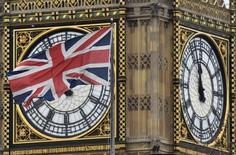 La croissance de l'économie britannique a accéléré au deuxième trimestre, marqué par le vote en faveur de la sortie de la Grande-Bretagne de l'Union européenne, grâce à la plus forte progression de la production industrielle depuis 1999, /Photo d'archives/REUTERS/Toby Melville