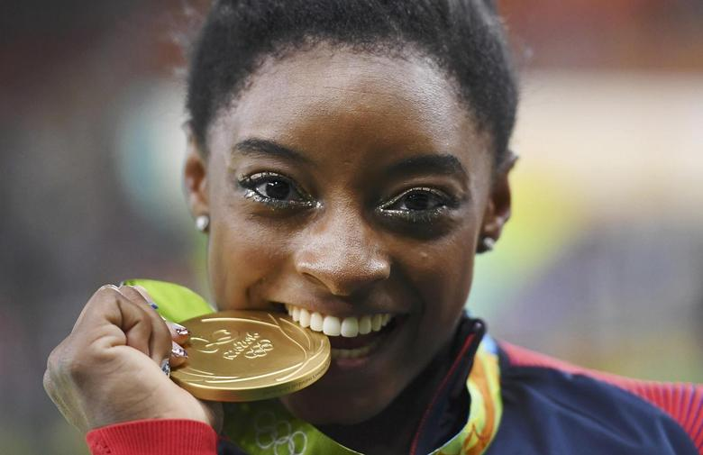 Simone Biles Arrives in St. Louis for Second Olympic Trials