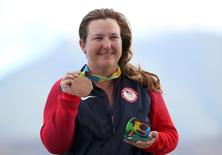 2016 Rio Olympics - Shooting - Victory Ceremony - Women's Skeet Victory Ceremony - Olympic Shooting Centre - Rio de Janeiro, Brazil - 12/08/2016. Kimberly Rhode (USA) of USA poses with her bronze medal.  REUTERS/Edgard Garrido