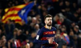 Zagueiro do Barcelona Gerard Piqué durante partida da Liga Espanhola.  02/04/2016 Reuters / Juan Medina Livepic