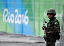 Soldado faz segurança no Parque Olímpico da Rio 2016.  21/7/2016. REUTERS/Stoyan Nenov