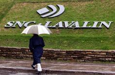 SNC-Lavalin a annoncé lundi étudier une offre sur la totalité de ses actifs en France, qui regroupent 1.100 salariés et y gèrent 17 aéroports régionaux. /Photo d'archives/REUTERS/Christinne Muschi