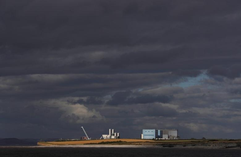 Hinkley Point A and B nuclear power stations are seen near Bridgwater in Britain, August 3, 2016.   REUTERS/Darren Staples/File Photo