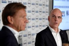 Hakan Samuelsson (L), President and Chief Executive Officer of Volvo Car Group, and Jan Carlson, President and Chief Executive Officer of Autoliv, are pictured during a joint news conference in Stockholm, Sweden, September 6, 2016. TT News Agency/Henrik Montgomery/via REUTERS