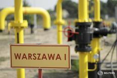 Газовая распределительная станция в Густожине, Польша 12 сентября 2014 года. Украина приостановила импорт газа из Польши, по одному из трех европейских направлений, после незначительного инцидента на трубопроводе на западе Украины, сообщил в пятницу оператор газотранспортной системы Укртрансгаз. REUTERS/Wojciech Kardas/Agencja Gazeta
