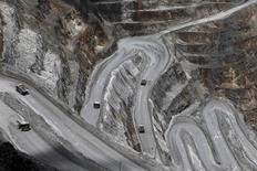 Freeport McMoRan, le premier groupe mondial coté de mines de cuivre, a convenu lundi de vendre des actifs du Golfe du Mexique à Anadarko Petroleum pour deux milliards de dollars (1,78 milliard d'euros) dans le but de réduire une lourde dette. /Photo d'archives/REUTERS/Muhammad Adimaja/Antara Foto