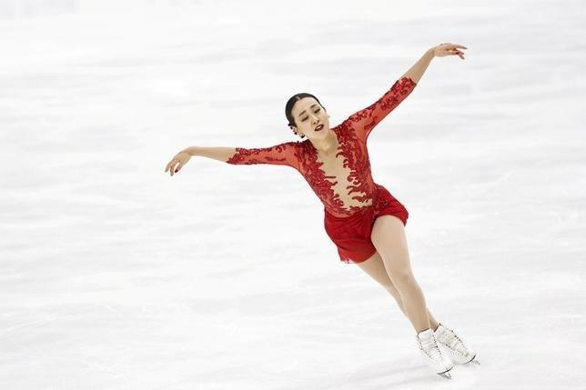 10月7日、フィギュアスケートのフィンランディア杯女子フリー、SP2位の浅田真央は121.29点をマークし、合計186.16点で2位となった(2016年 ロイター/Lehtikuva/Roni Rekomaa)