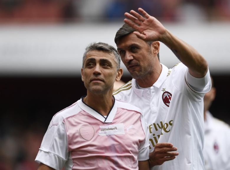 Britain Football Soccer - Arsenal Legends v AC Milan Legends - Emirates Stadium - 3/9/16AC Milan Legends' Paolo Maldini with Angelo CarboneAction Images via Reuters / Tony O'BrienLivepic