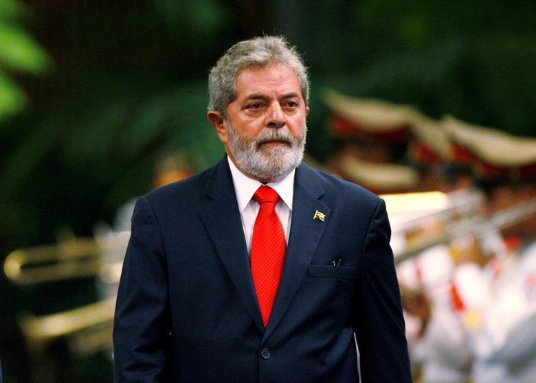 File photo: Brazil's President Luiz Inacio Lula da Silva reviews the honor guard during a reception ceremony at Havana's Revolution Palace January 15, 2008. REUTERS/Claudia Daut/File Photo