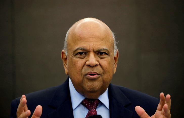 South African Finance Minister Pravin Gordhan gestures during a media briefing in Sandton near Johannesburg, March 14, 2016. REUTERS/Siphiwe Sibeko/File photo