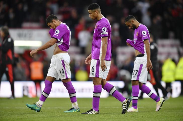 Britain Football Soccer - AFC Bournemouth v Hull City - Premier League - Vitality Stadium - 15/10/16Hull City's Curtis Davies, Jake Livermore and Ahmed Elmohamady look dejected at the end of the matchAction Images via Reuters / Tony O'BrienLivepic