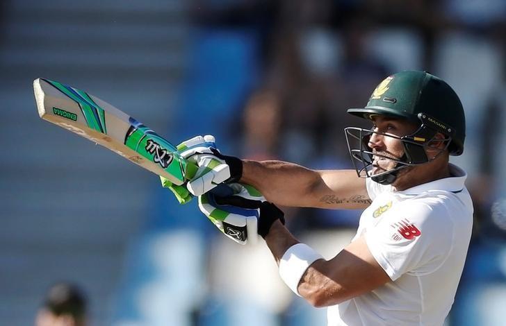 Cricket - New Zealand v South Africa - second cricket test match - Centurion Park, Centurion, South Africa - 28/8/2016. South Africa's Faf du Plessis plays a shot. REUTERS/Siphiwe Sibeko/Files