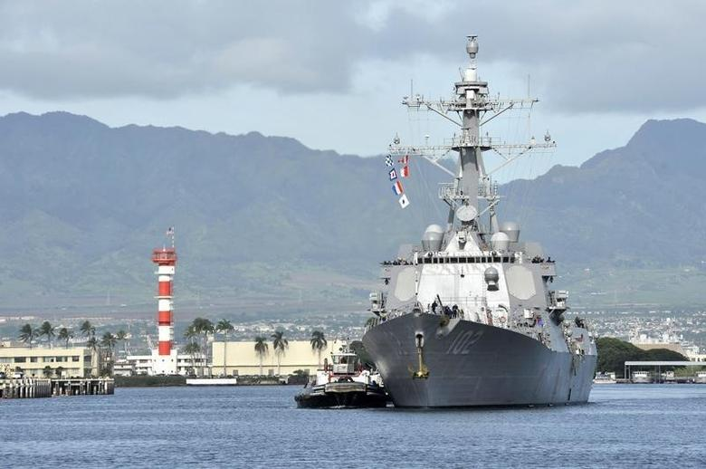 The guided-missile destroyer USS Sampson (DDG 102) arrives for a scheduled port visit in this U.S. Navy handout picture taken at Joint Base Pearl Harbor-Hickam, Hawaii, November 6, 2014.  REUTERS/U.S. Navy/Mass Communication Specialist 3rd Class Johans Chavarro/Handout