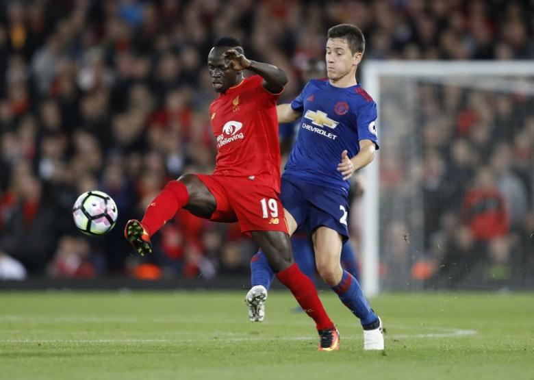 Britain Football Soccer - Liverpool v Manchester United - Premier League - Anfield - 17/10/16Manchester United's Ander Herrera in action with Liverpool's Sadio Mane Action Images via Reuters / Carl Recine/ Livepic/ Files
