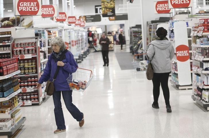 2016年10月11日,英国伦敦一家超市内。REUTERS/Neil Hall