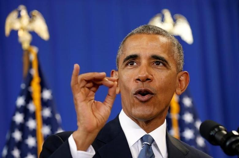 U.S. President Barack Obama speaks about education during a visit to Benjamin Banneker Academic High School in Washington, U.S., October 17, 2016. REUTERS/Kevin Lamarque - RTX2P77L
