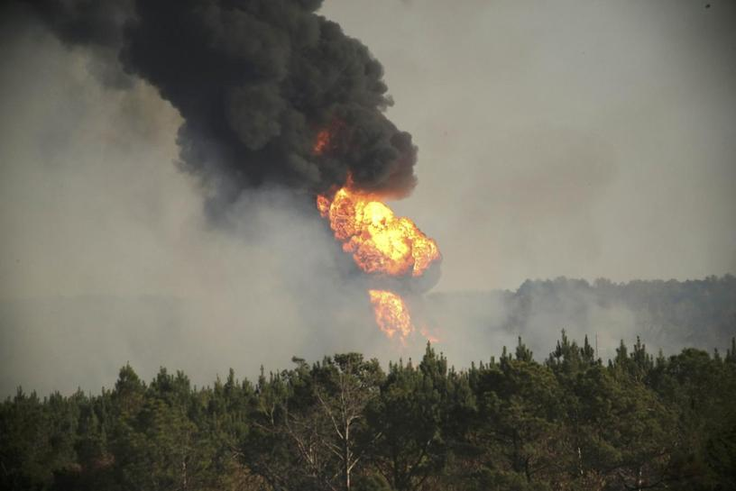 Colonial May Open Key US Gasoline Line By Saturday After Fatal Blast - Map of pipelines in us disasters
