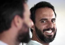 Jose Neves, le fondateur et le PDG de Farfetch. Le site spécialisé dans la vente de mode haut de gamme et valorisé autour de 1,5 milliard de dollars lors d'une levée de fonds en mai 2016, envisage une mise en Bourse d'ici 2 à 3 ans, déclare le PDG. /Photo d'archives/REUTERS/Eric Gaillard