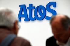 Atos compte améliorer encore sa marge opérationnelle et accélérer sa croissance organique d'ici 2019 en profitant de la rapide transformation digitale en cours dans les services informatiques. /Photo d'archives/REUTERS/Philippe Wojazer