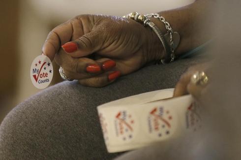 米大統領選、ノースカロライナ州の一部で投票時間延長 投票機トラブル