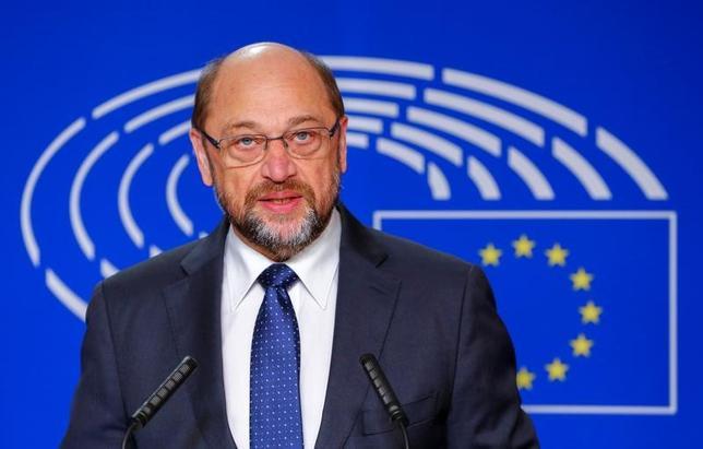 11月24日、欧州議会のシュルツ議長(ドイツ選出、写真)は議長任期3期目の続投は目指さず、ドイツの政界に復帰して来年9月の連邦議会(下院)選に出馬する意向を示した(2016年 ロイター/Yves Herman)