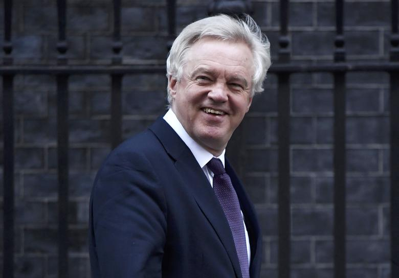 Britain's Secretary of State for Leave the EU David Davis leaves number 10 Downing Street after a cabinet meeting in London, November 29, 2016. REUTERS/Toby Melville