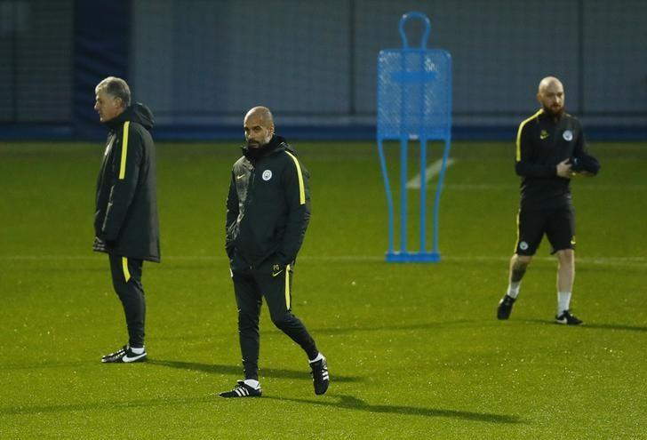 Britain Football Soccer - Manchester City Training - City Football Academy - 5/12/16 Manchester City manager Pep Guardiola during training Action Images via Reuters / Jason Cairnduff Livepic