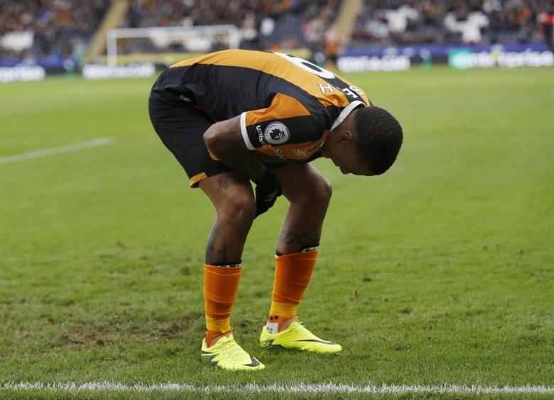 Britain Football Soccer - Hull City v Southampton - Premier League - The Kingston Communications Stadium - 6/11/16 Hull City's Abel Hernandez  Action Images via Reuters / Lee Smith Livepic