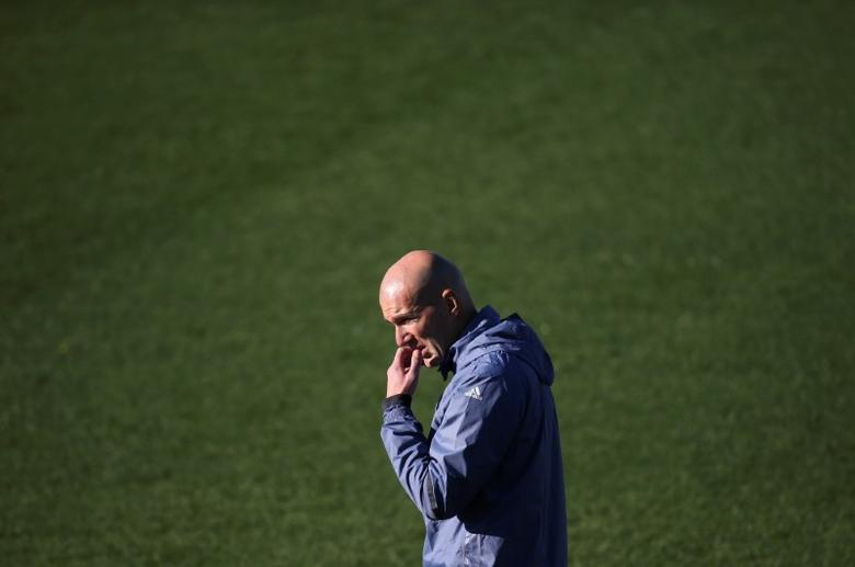 Football Soccer - Real Madrid training session - UEFA Champions League Group Stage - Group F - Valdebebas training grounds - Madrid, Spain - 06/12/16 Real Madrid's coach Zinedine Zidane attends a training session. REUTERS/Susana Vera