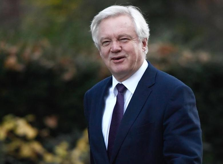Britain's Secretary of State for Leave the EU David Davis arrives at number 10 Downing Street for a cabinet meeting in London, November 29, 2016. REUTERS/Toby Melville