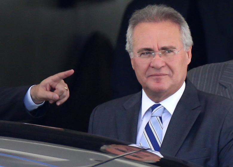 Brazil's Senate President Renan Calheiros leaves his home in Brasilia, Brazil December 7, 2016.  REUTERS/Adriano Machado