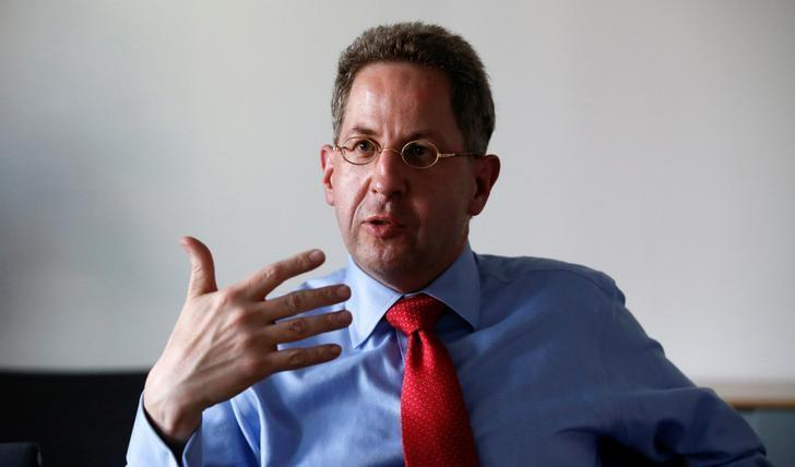 Hans-Georg Maasse, of the Federal Office for the Protection of the Constitution (BfV), gestures during an interview in Berlin, Germany August 4, 2015. REUTERS/Fabrizio Bensch/Files