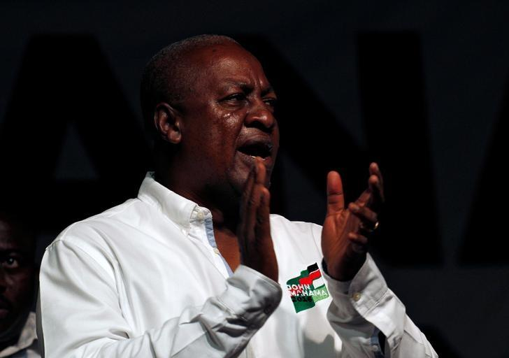 John Dramani Mahama, Ghana's president and National Democratic Congress (NDC) presidential candidate sings during his rally at Accra sport stadium, in Accra, Ghana December 5, 2016. REUTERS/Luc Gnago