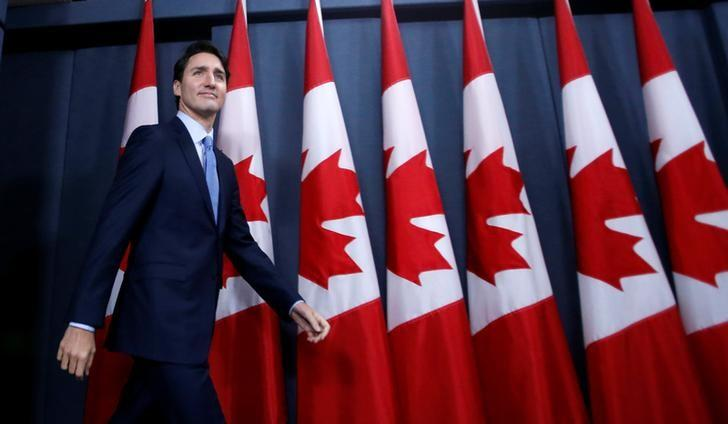Canada's Prime Minister Justin Trudeau arrives at a news conference in Ottawa, Ontario, Canada, December 12, 2016. REUTERS/Chris Wattie/Files