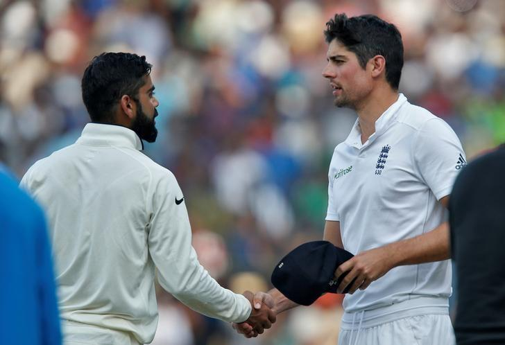 Cricket - India v England - Fifth Test cricket match - M A Chidambaram Stadium, Chennai, India - 20/12/16. India's captain Virat Kohli (L) is congratulated by England's captain Alastair Cook after India won the test series. REUTERS/Danish Siddiqui