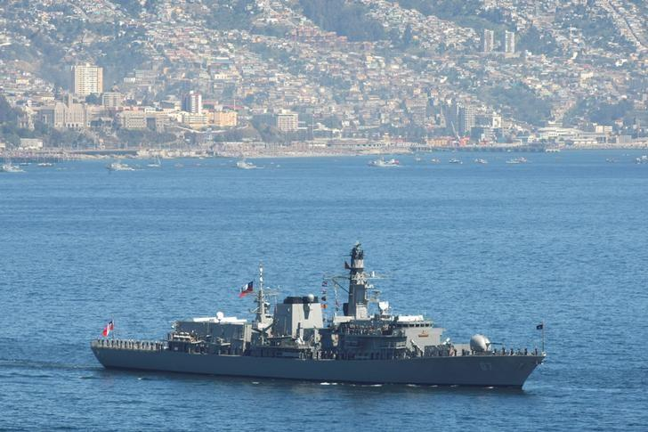 The Chilean Navy ship ''Almirante Lynch'' is seen off the coast of  Valparaiso, Chile  September 20, 2010. REUTERS/Rodrigo Garrido/File Photo