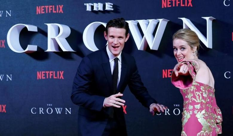 Matt Smith (L) poses with Claire Foy as they arrive for the world premiere of ''The Crown'' at Leicester Square in London, Britain November 1, 2016. REUTERS/Eddie Keogh
