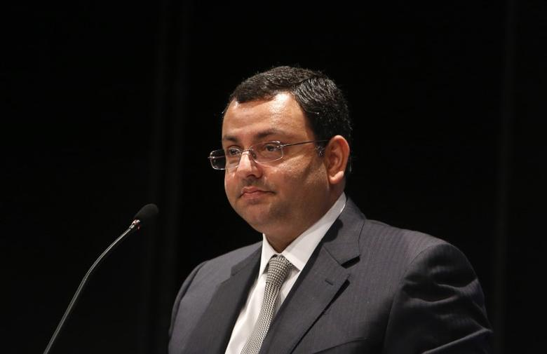 Tata Group Chairman Cyrus Mistry speaks to shareholders during the Tata Consultancy Services (TCS) annual general meeting in Mumbai June 28, 2013. REUTERS/Vivek Prakash