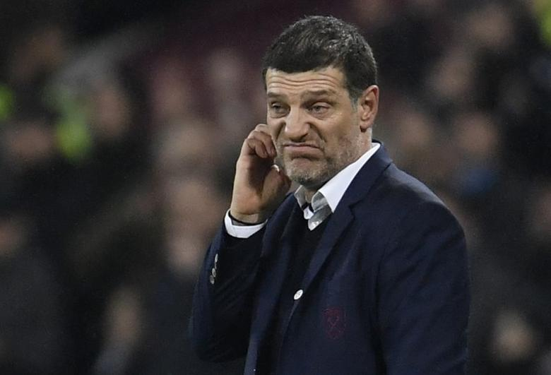 West Ham United manager Slaven Bilic looks dejected  Reuters / Toby Melville