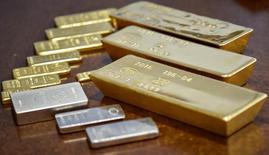 Gold and silver bars are seen at the Kazakhstan's National Bank vault in Almaty, Kazakhstan, September 30, 2016.  REUTERS/Mariya Gordeyeva