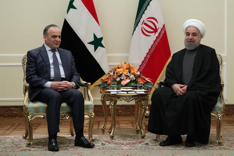 Il Presidente iraniano Hassan Rouhani incontra il Primo Ministro siriano Emad Khamis a Teheran (Iran), il 18 gennaio 2017. Credits to: Reuters.