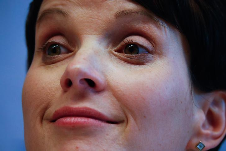 Germany's Alternative for Germany (AfD) leader Frauke Petry attends a news conference after a European far-right leaders meeting in Koblenz, Germany, January 21, 2017.    REUTERS/Wolfgang Rattay