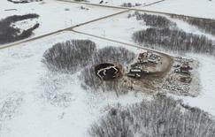 The site of an oil pipeline spill is seen in an aerial photograph provided by Indigenous and Northern Affairs Canada, near Stoughton, Saskatchewan, Canada taken on January 23, 2017.    INAC/Handout via Reuters