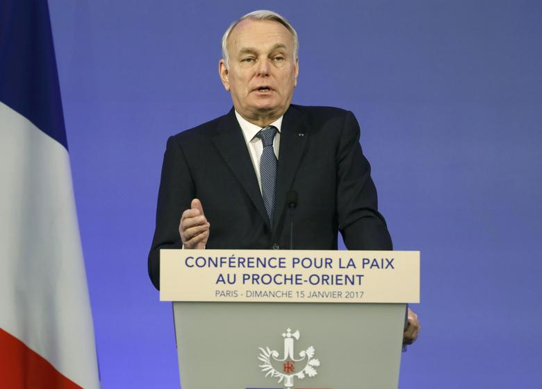 French Minister of Foreign Affairs Jean-Marc Ayrault addresses delegates at the opening of the Mideast peace conference in Paris, January 15, 2017.  REUTERS/Thomas Samson/POOL