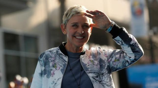 1月31日、米トーク番組の司会を務める人気コメディアンのエレン・デジェネレスが、ディズニー/ピクサー映画「ファインディング・ドリー」のあら筋を用いてトランプ米大統領の移民政策を鋭く皮肉った。写真は昨年6月撮影(2017年 ロイター/Mario Anzuoni )